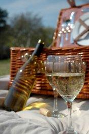 romantic picnic basket